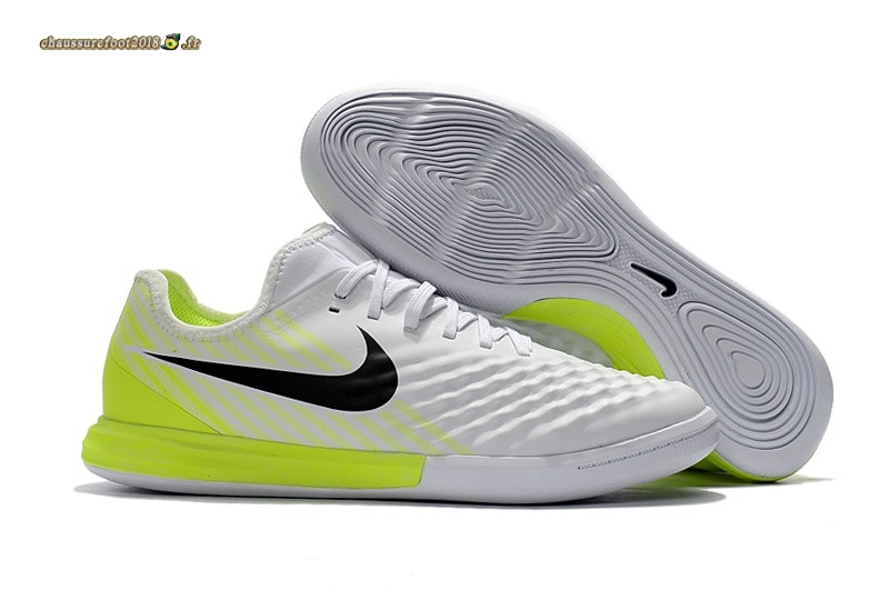 Site Crampons Foot - Chaussure Nike MagistaX Finale II IC Blanc - Meilleur Chaussures de Foot
