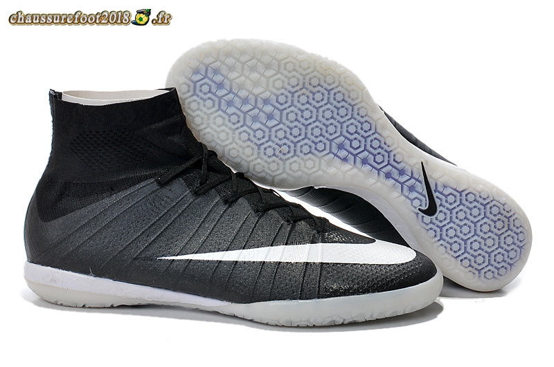 Trouver - Chaussure Nike Elastico Superfly INIC Noir Blanc Chaussure de Foot Salle